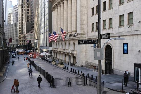 黄金期货价格周跌0.6%4月上涨3%